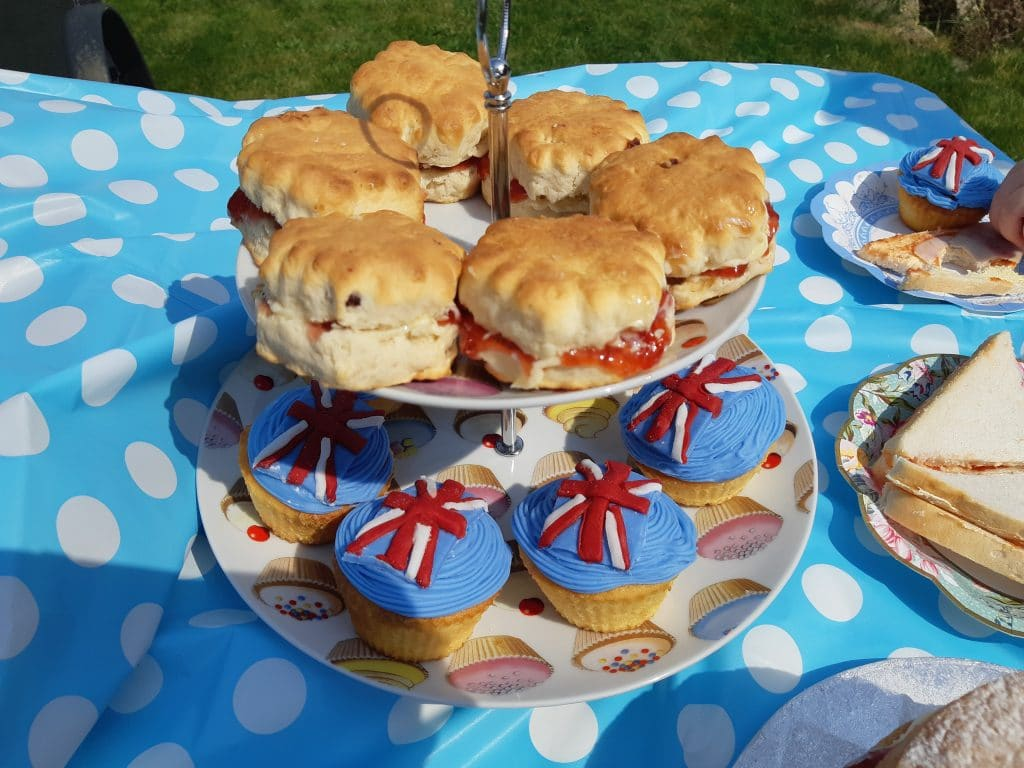 VE Day scones and union flag cupcakes